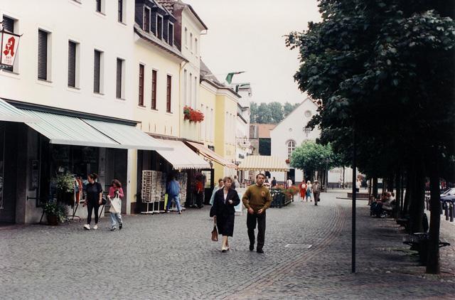 Xanten_Markt and Rathaus