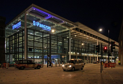 St.Pancras International - functional night time illumination.