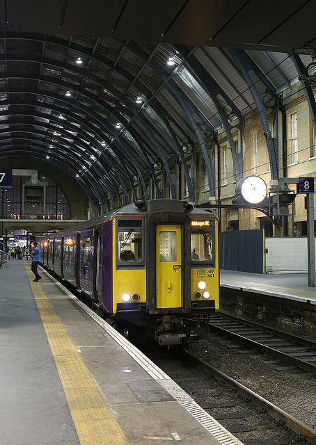 The 23:06 Cambridge service at Kings Cross.   Ignore the Welwyn GC blind - the driver will correct that when he wakes up ;-)