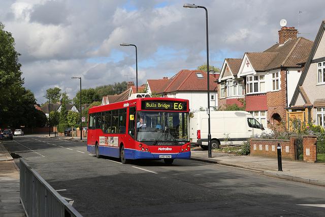Metroline MM784
