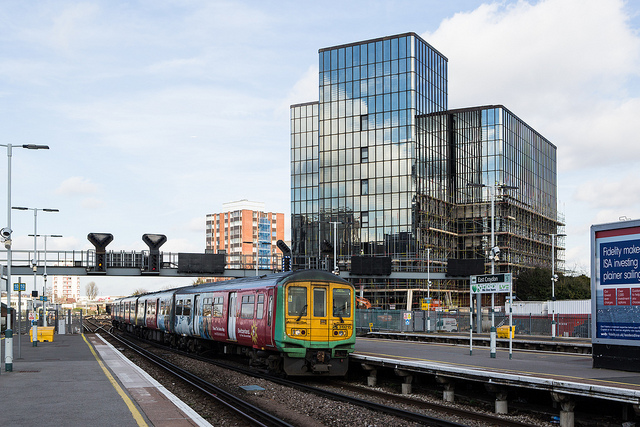 Brighton Train at East Croydon