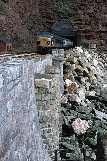 45017 at Parson Tunnel, Teignmouth (31APR79)