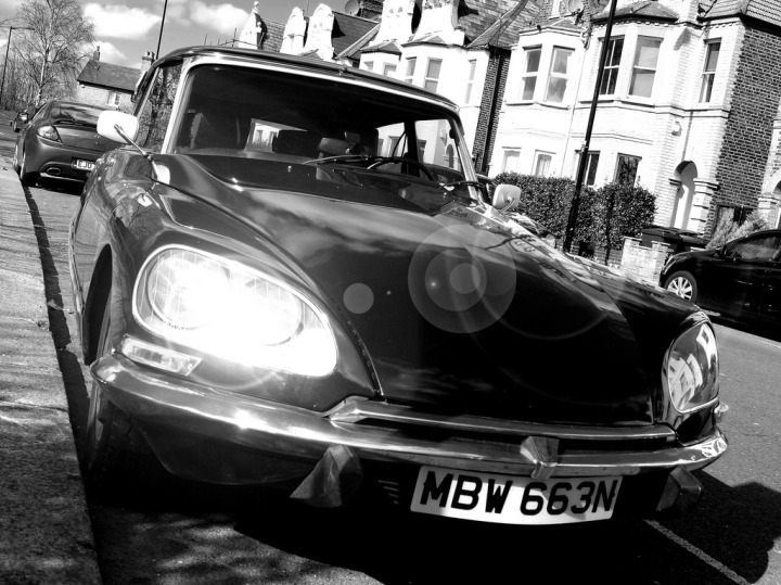 Citroen DS catching the sun in London