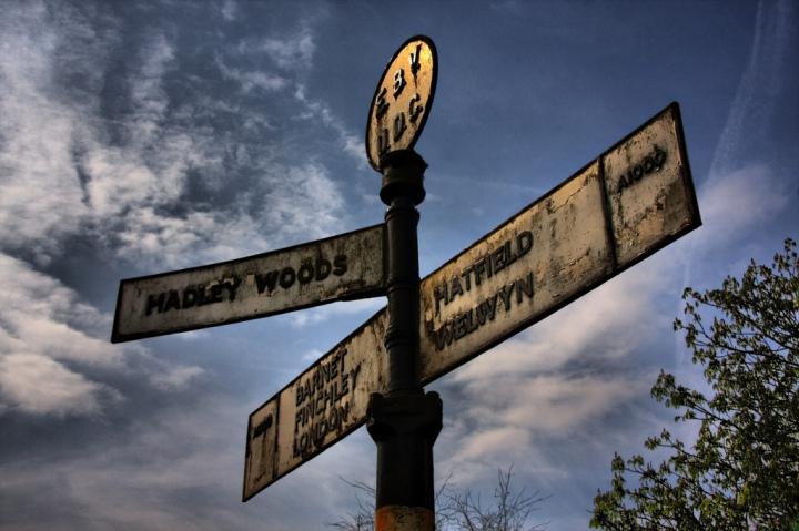 East Barnet Signpost