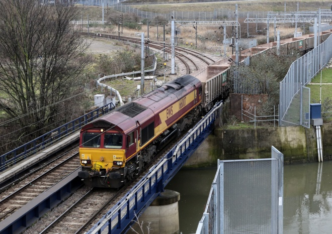 66007 at Lea Junction_1024