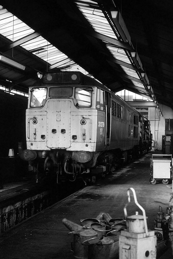 31279 at Shirebrook B&W
