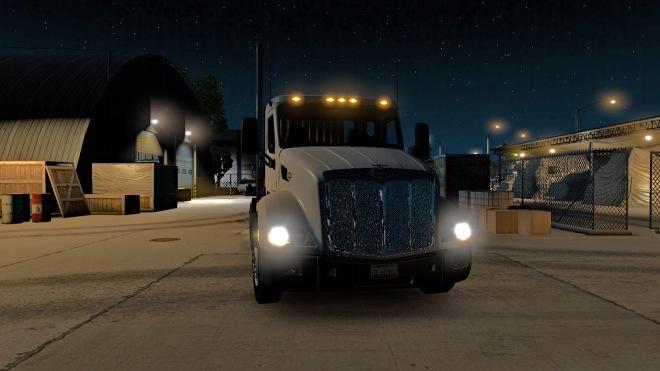 Delivering Machine Parts, Flagstaff, Peterbilt 579